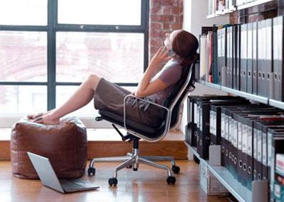 20 способов отдохнуть на работе