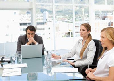 Как вести себя с конфликтным коллегой