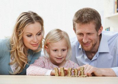 Отношение к деньгам закладывается с детства