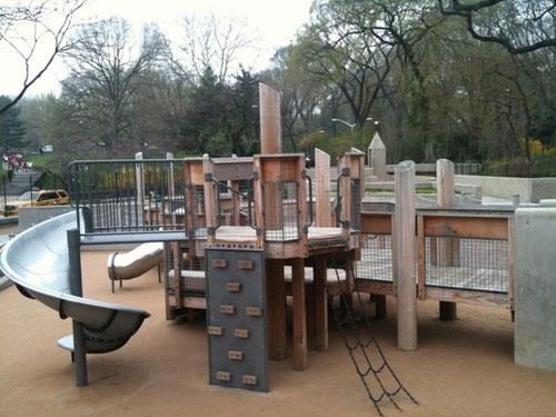 25 фотографий детских игровых площадок со всего мира