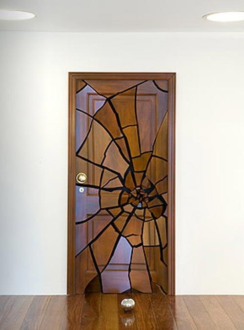 Необычные креативные двери