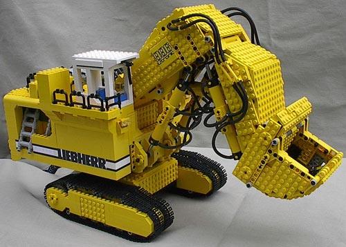 Экскаваторы от конструктора LEGO