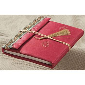 Ежедневники и блокноты ручной работы