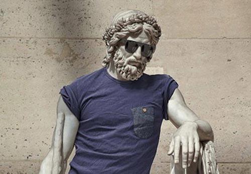 Одетые скульптуры