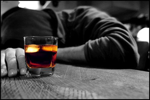 Алкоголизм. Когда нужно бить тревогу?