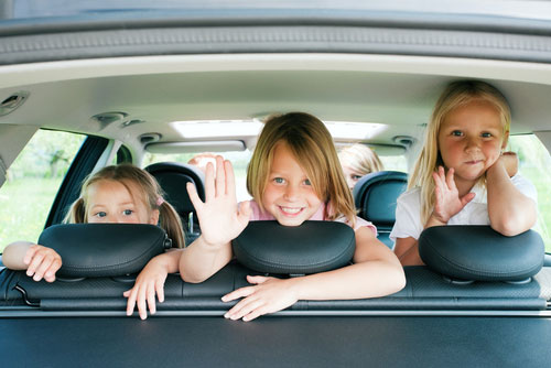 Как развлекать малыша в продолжительной поездке