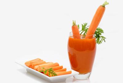 Кому полезен морковный сок